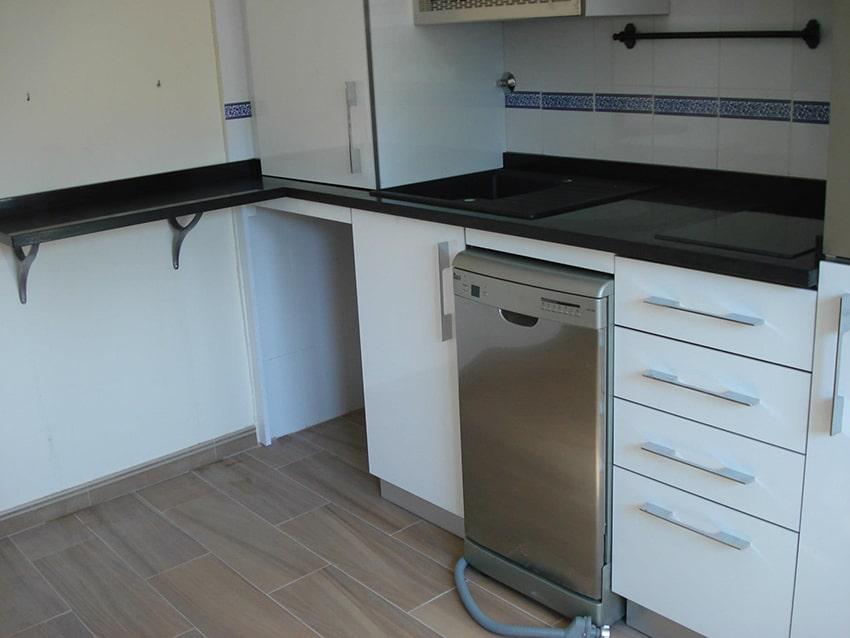 Encimera 11 muebles de cocina lora cocinas baratas para - Encimeras baratas cocina ...